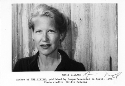 death of a moth annie dillard essay One night a moth flies the essay ends in contemplation of death as she faces the arrival of autumn in all of annie dillard's books have been in print.